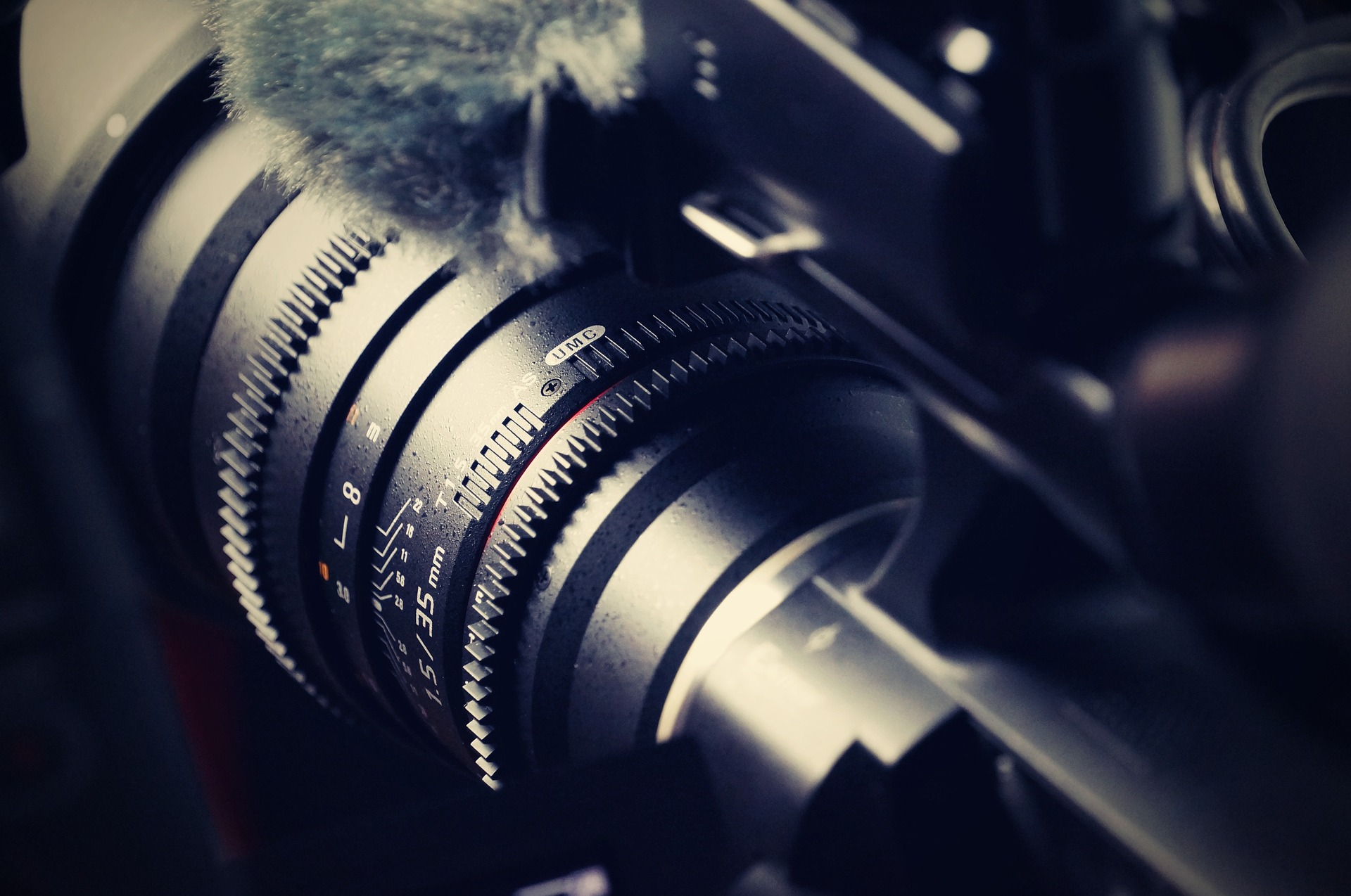 Our legal videographers are here to help you!
